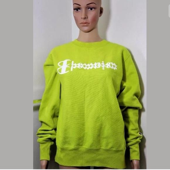 352135fbaa Champion Sweaters - UO Champion Reverse Weave Crewneck Sweater Top S